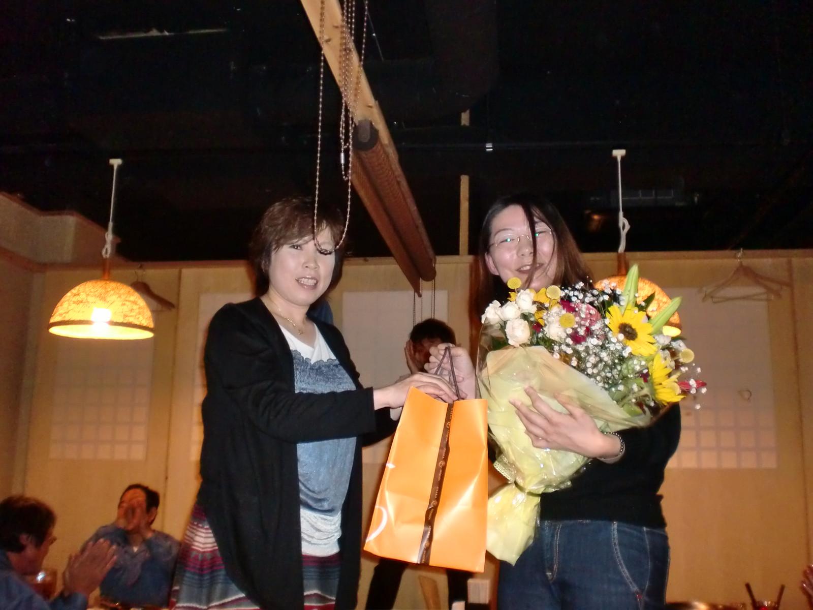 昨日は、吉松真理子さんの送別会でした。