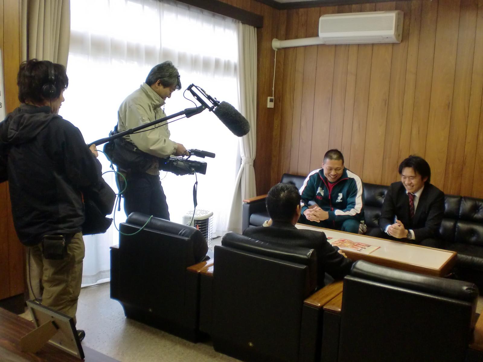筑前りょう太選手のTV収録を我が社で行いました。