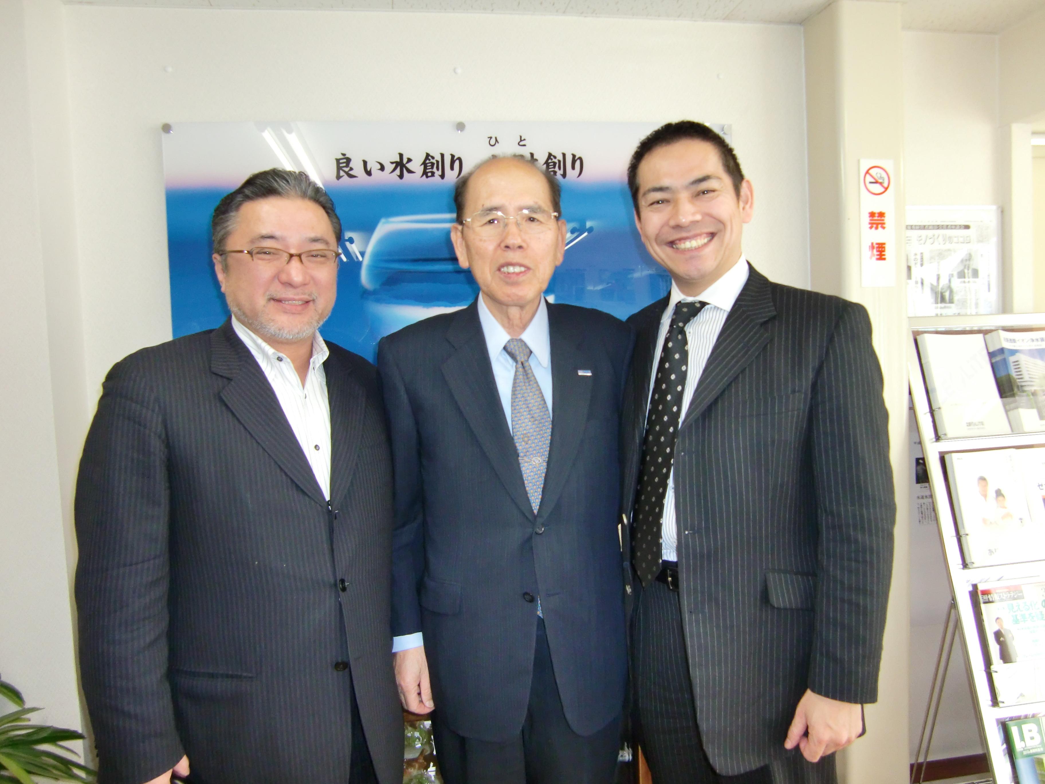 眞鍋さんと翌日ゼオライトさんに訪問しました。